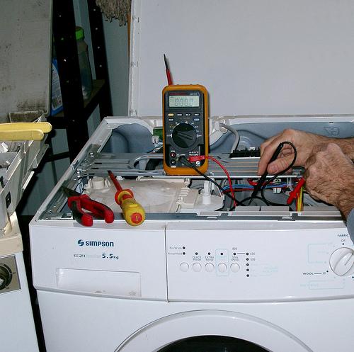 Negozi di elettrodomestici a Prato - Riparazione.jpg