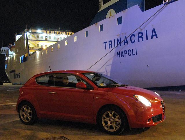 Auto a noleggio a Napoli.jpg